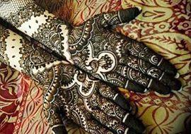 http://aurabeautysalon.in/wp-content/uploads/2014/12/Bridal-Mehndi-Design-15_opt.jpg