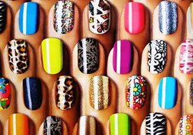 http://aurabeautysalon.in/wp-content/uploads/2014/12/nail-design-course.jpg
